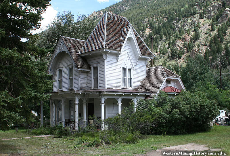 Victorian home georgetown colorado for Victorian house facts
